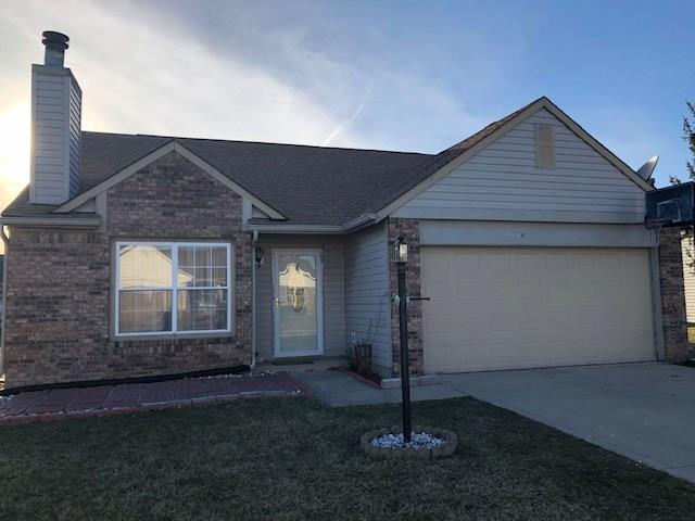 1258 Magnolia Drive, Greenfield, IN 46140 (MLS #21628645) :: The ORR Home Selling Team