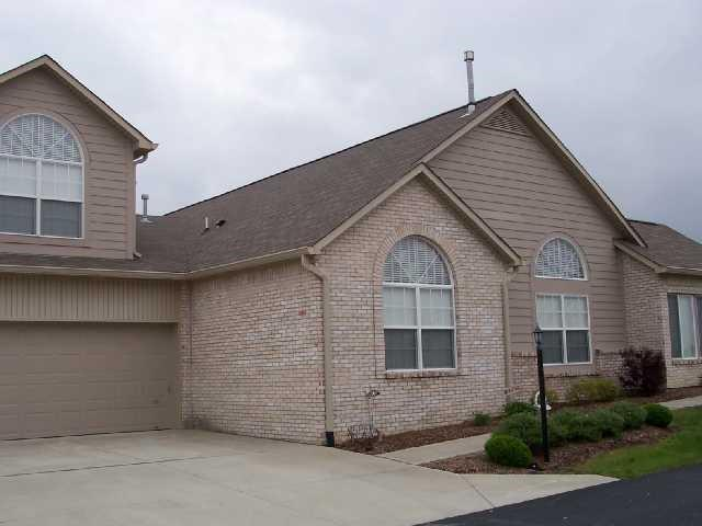 11337 Winding Wood Court, Indianapolis, IN 46235 (MLS #21633031) :: David Brenton's Team