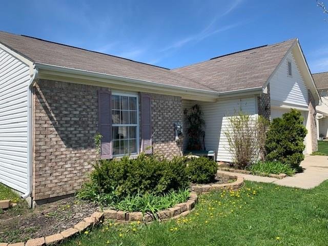 3758 Crest Point Drive, Westfield, IN 46062 (MLS #21635389) :: The Indy Property Source
