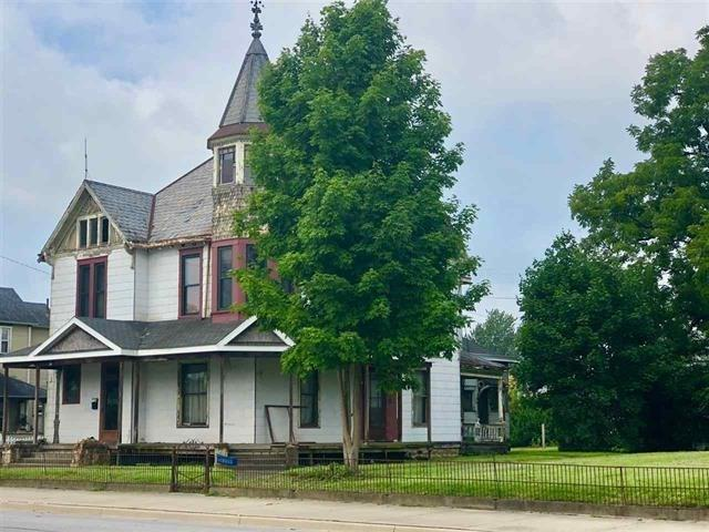 412 S Main Street, Dunkirk, IN 47336 (MLS #21637051) :: The ORR Home Selling Team