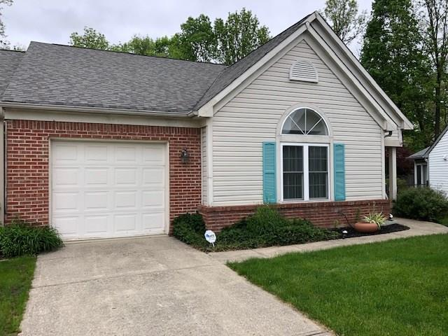 5770 Eden Village Way, Indianapolis, IN 46254 (MLS #21639866) :: The Indy Property Source