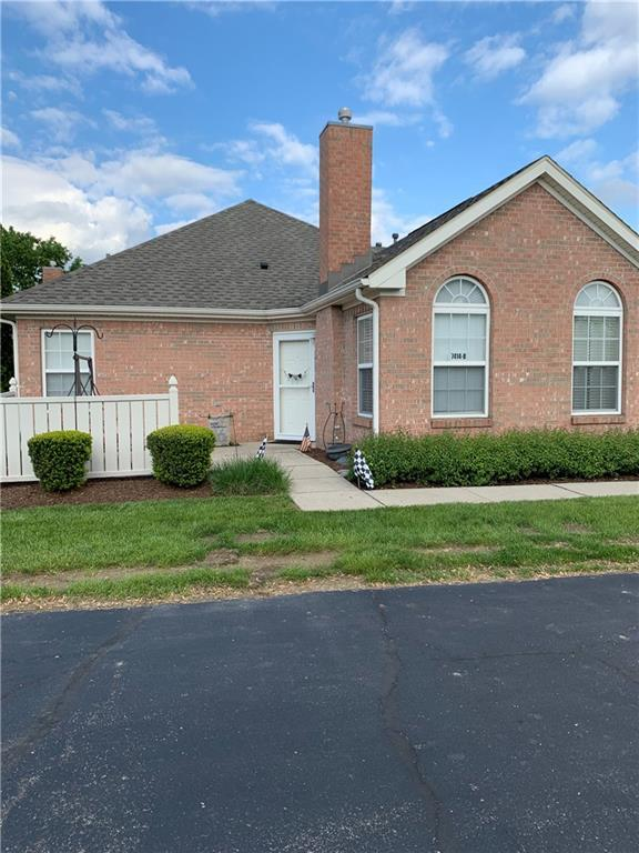 7414 Chapel Villas-B Lane W B, Indianapolis, IN 46214 (MLS #21640469) :: The Indy Property Source