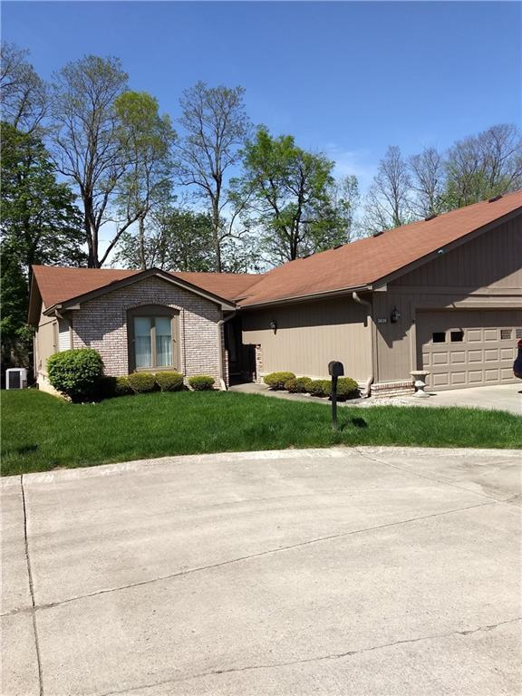 3636 Woodglen Way, Anderson, IN 46011 (MLS #21640768) :: AR/haus Group Realty