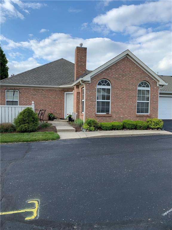 7311 Chapel Villas-A Drive W A, Indianapolis, IN 46214 (MLS #21641015) :: The Indy Property Source