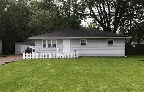 4545 Old Smith Valley Road, Greenwood, IN 46143 (MLS #21642391) :: Richwine Elite Group