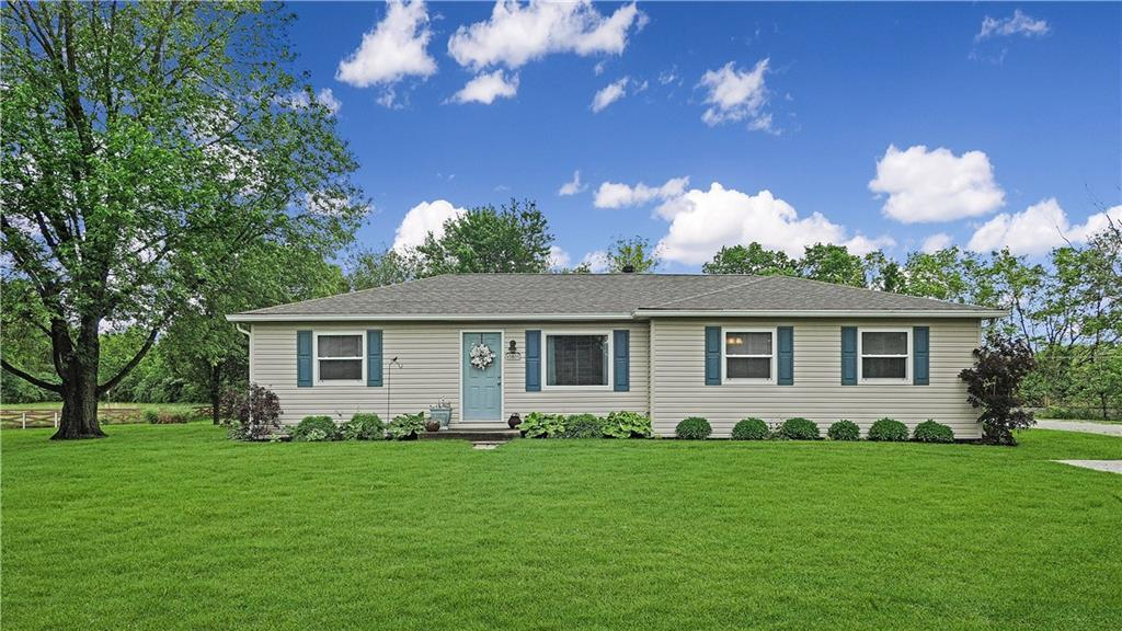 10805 Southport Road - Photo 1