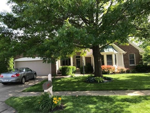 10451 Beacon Lane, Indianapolis, IN 46256 (MLS #21645963) :: Mike Price Realty Team - RE/MAX Centerstone