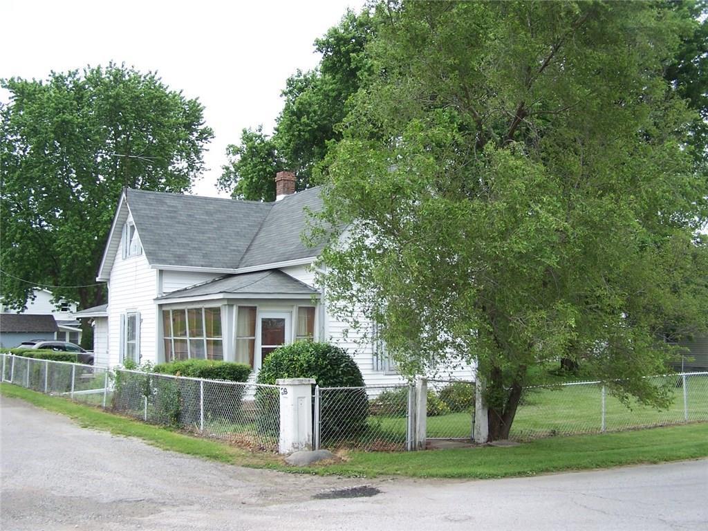 611 Taft Avenue - Photo 1
