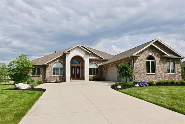 5516 Red Cedar Drive, Muncie, IN 47304 (MLS #21646762) :: AR/haus Group Realty