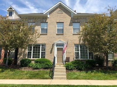 13532 Molique Boulevard, Fishers, IN 46037 (MLS #21647129) :: AR/haus Group Realty