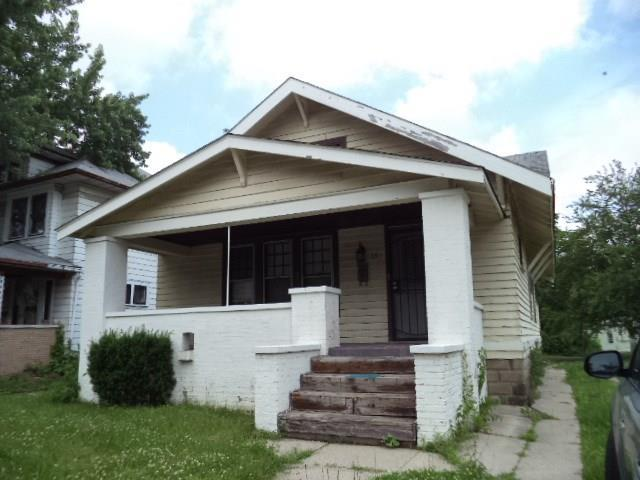33 S Arlington Avenue, Indianapolis, IN 46219 (MLS #21647522) :: FC Tucker Company