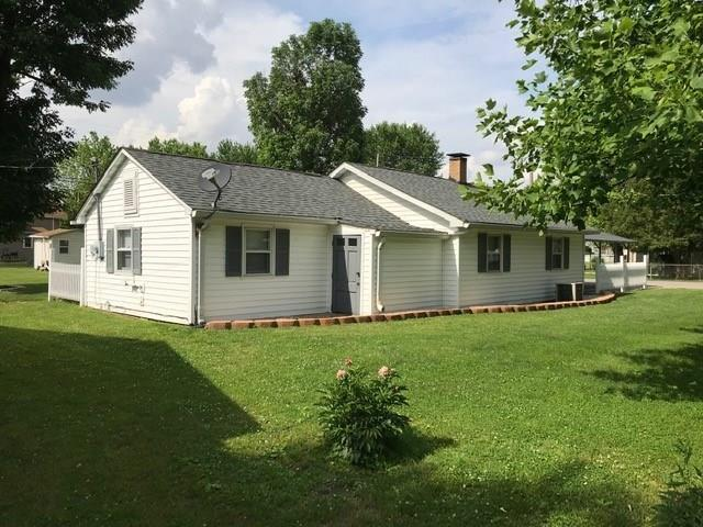 131 S Williamson Street, Brazil, IN 47834 (MLS #21647662) :: Mike Price Realty Team - RE/MAX Centerstone