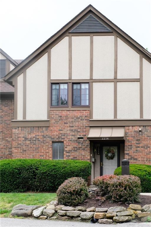 2214 Boston Court, Indianapolis, IN 46228 (MLS #21647787) :: The Star Team | RE/MAX Realty Group