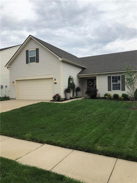 10694 Huntwick Drive, Indianapolis, IN 46231 (MLS #21649900) :: AR/haus Group Realty