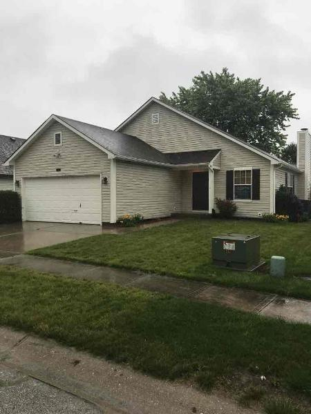 21 Ashwood Circle, Brownsburg, IN 46112 (MLS #21649967) :: The Indy Property Source