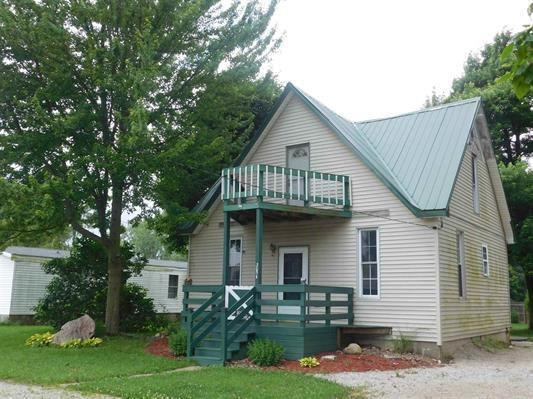 305 N Main Street, Gaston, IN 47342 (MLS #21650365) :: The ORR Home Selling Team