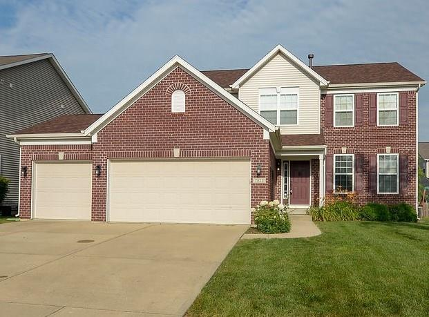 7822 Wedgetail Drive, Zionsville, IN 46077 (MLS #21650369) :: Mike Price Realty Team - RE/MAX Centerstone