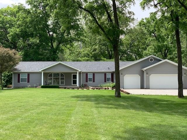 1570 S 100 W, Hartford City, IN 47348 (MLS #21650509) :: AR/haus Group Realty