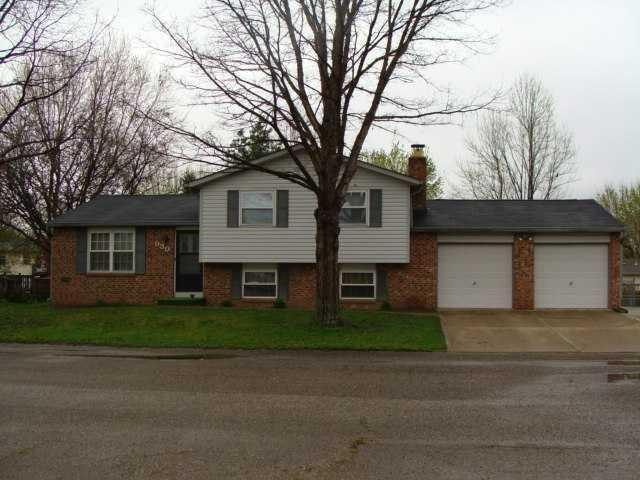 930 W Stop 11 Road, Indianapolis, IN 46217 (MLS #21651786) :: The Evelo Team