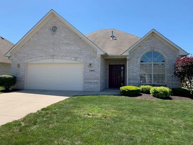 1671 Fairfield Circle, Greenfield, IN 46140 (MLS #21654514) :: The Star Team | RE/MAX Realty Group