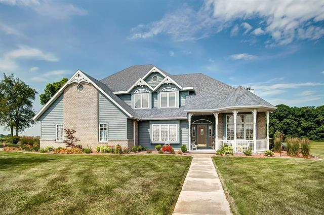 2526 N 100 E, Wabash, IN 46992 (MLS #21654598) :: The Indy Property Source