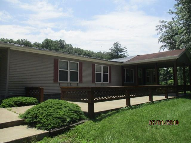 4911 S Shore Drive, Nashville, IN 47448 (MLS #21655480) :: Mike Price Realty Team - RE/MAX Centerstone