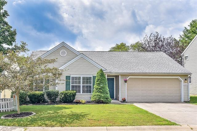 2520 E Clay Court, Bloomington, IN 47401 (MLS #21655649) :: Richwine Elite Group