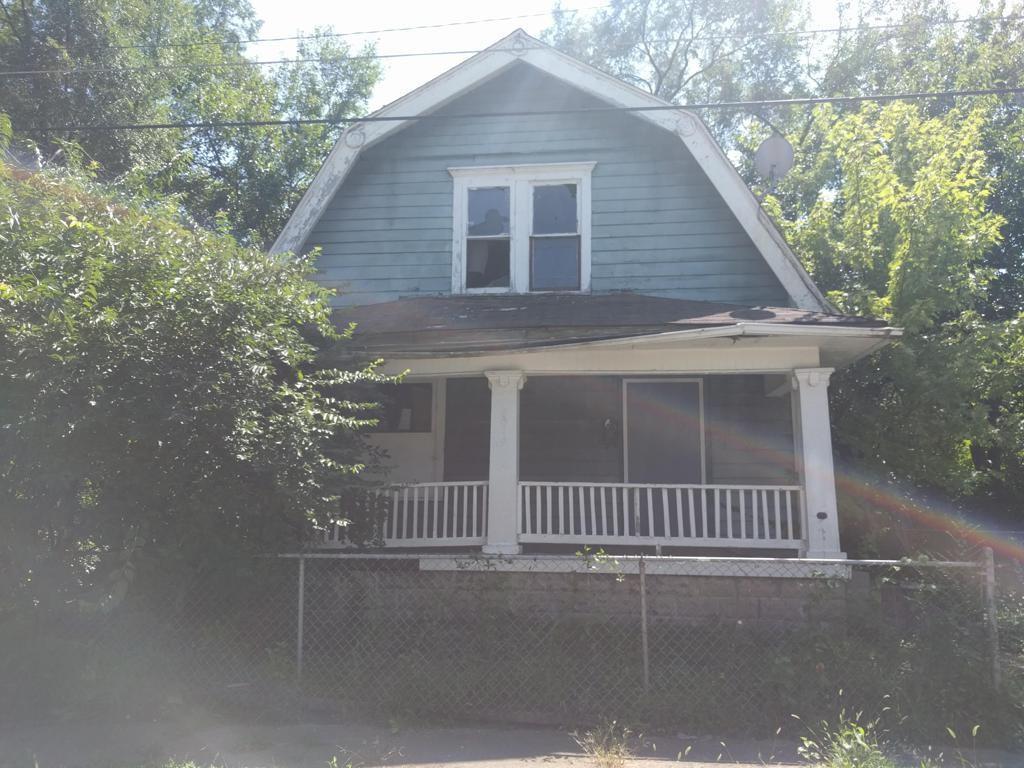 3019 13th Street - Photo 1