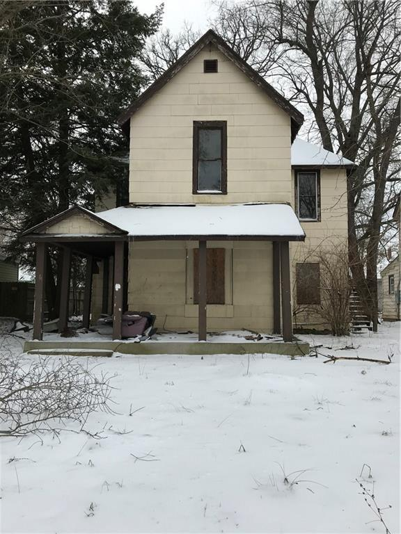 921 W 5TH Street, Anderson, IN 46016 (MLS #21658147) :: AR/haus Group Realty