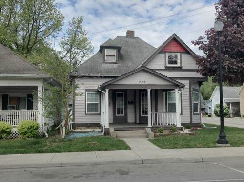 298 N Main Street, Franklin, IN 46131 (MLS #21659822) :: The Indy Property Source
