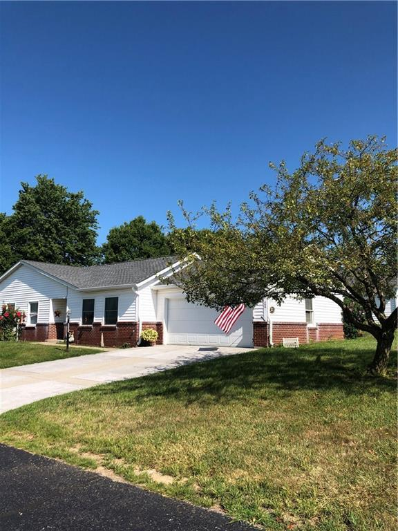 200 Longcastle Drive #3, Greencastle, IN 46135 (MLS #21661177) :: The Indy Property Source