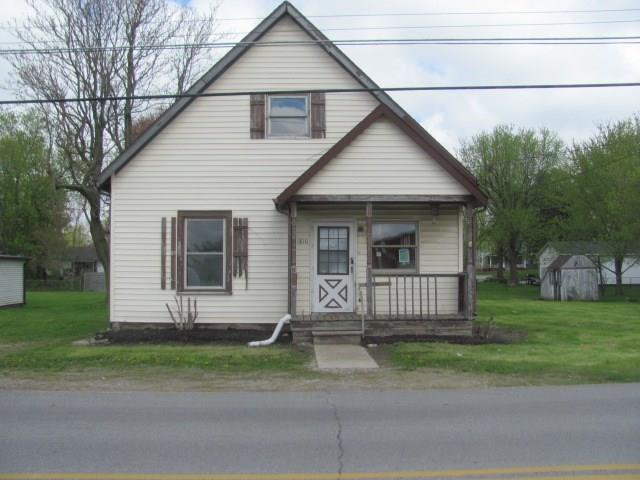 1810 E Elmore Street, Crawfordsville, IN 47933 (MLS #21661509) :: Mike Price Realty Team - RE/MAX Centerstone