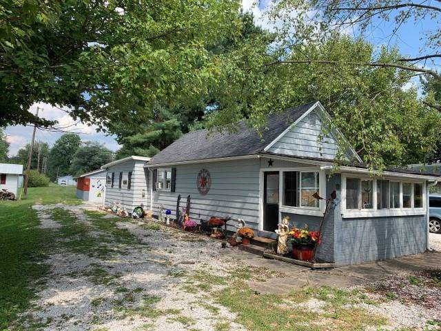 111 E North 1st Street, Carbon, IN 47837 (MLS #21667583) :: Mike Price Realty Team - RE/MAX Centerstone