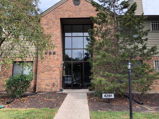 4281 W Village Parkway Circle #8, Indianapolis, IN 46254 (MLS #21668741) :: The Indy Property Source