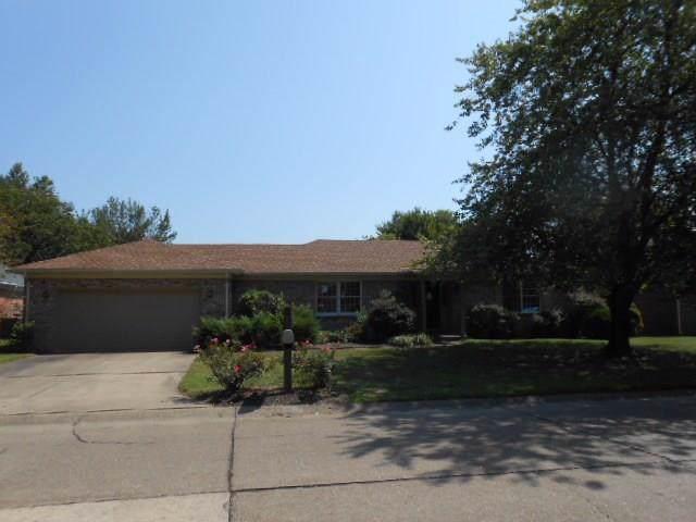 840 Crestwood Drive - Photo 1