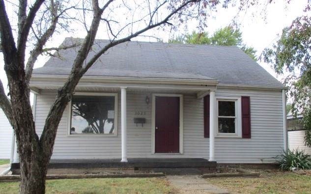 3029 Fairview Street, Anderson, IN 46016 (MLS #21671412) :: Mike Price Realty Team - RE/MAX Centerstone
