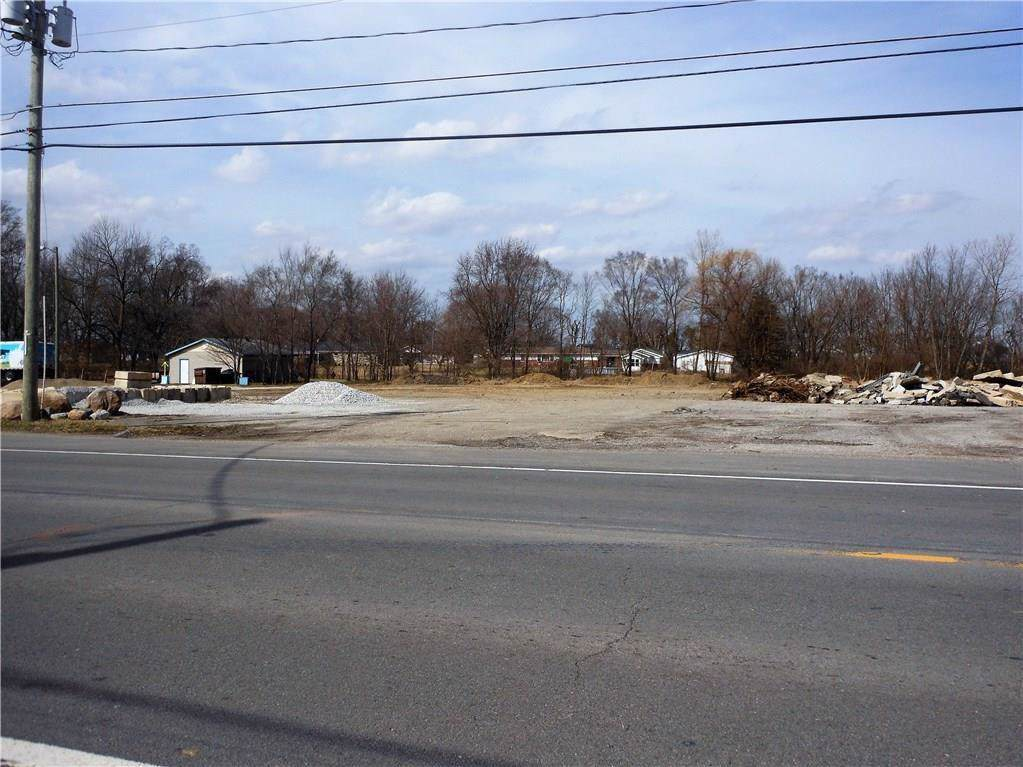 7586 State Road 28 - Photo 1
