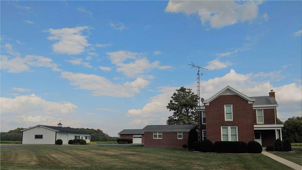 8260 County Road 200 - Photo 1
