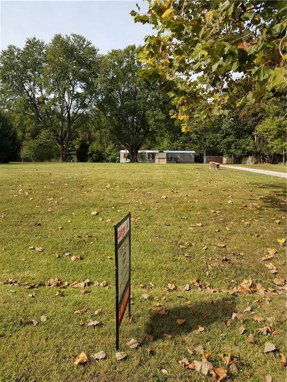 11768 N East Drive, Camby, IN 46113 (MLS #21674732) :: FC Tucker Company