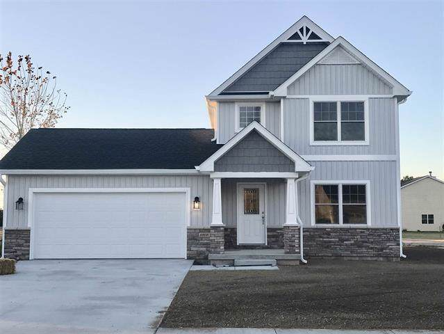9905 Oak Hammock Drive, Yorktown, IN 47396 (MLS #21678130) :: The ORR Home Selling Team