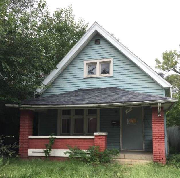 962 W 27th Street, Indianapolis, IN 46208 (MLS #21678680) :: AR/haus Group Realty