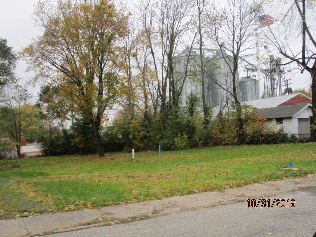 400 S Ohio Street, Martinsville, IN 46151 (MLS #21679750) :: Mike Price Realty Team - RE/MAX Centerstone