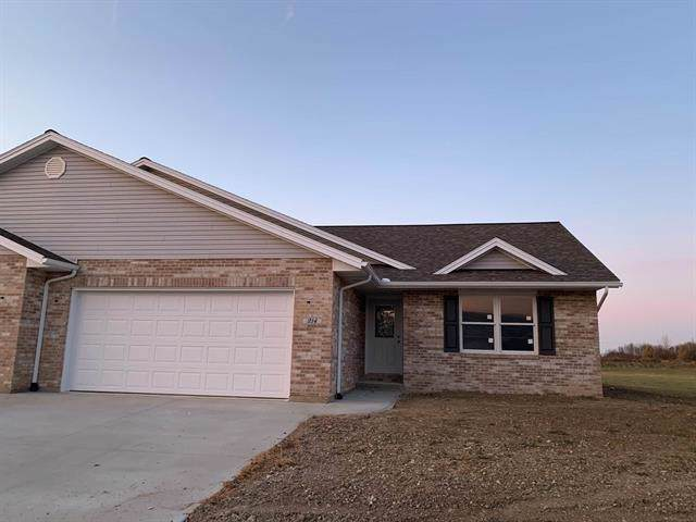 214 E Charter Drive, Muncie, IN 47303 (MLS #21680938) :: The Star Team | RE/MAX Realty Group