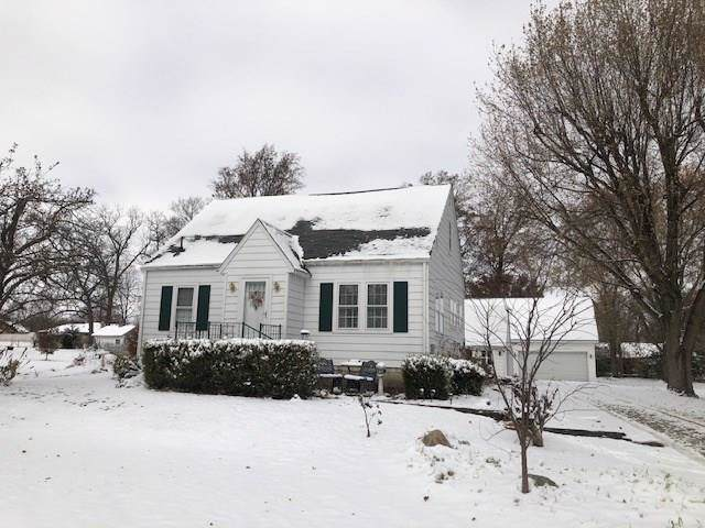 442 E 300 N, Anderson, IN 46012 (MLS #21681050) :: The Star Team | RE/MAX Realty Group