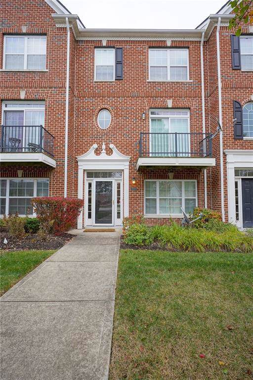 15314 Mystic Rock Drive, Carmel, IN 46033 (MLS #21681255) :: The Indy Property Source