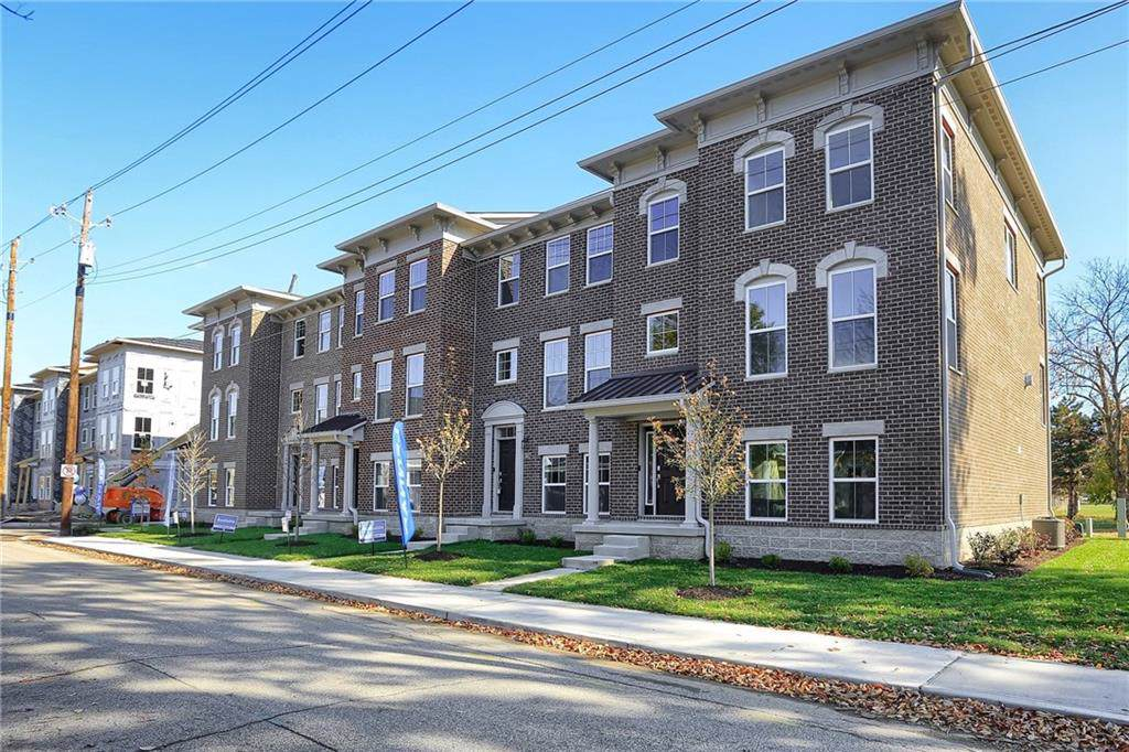1539 Bellefontaine Street - Photo 1