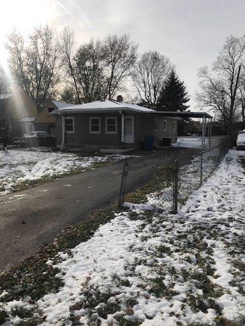 894 S Auburn Street, Indianapolis, IN 46241 (MLS #21681484) :: The Star Team | RE/MAX Realty Group