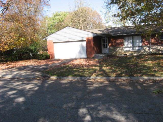 3402 W 57TH Street, Indianapolis, IN 46254 (MLS #21681932) :: Richwine Elite Group