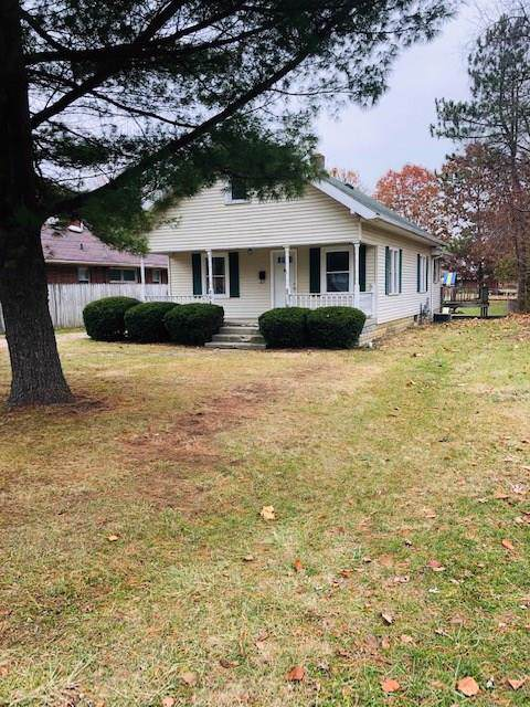 804 Nursery Road, Anderson, IN 46012 (MLS #21683469) :: The Star Team | RE/MAX Realty Group