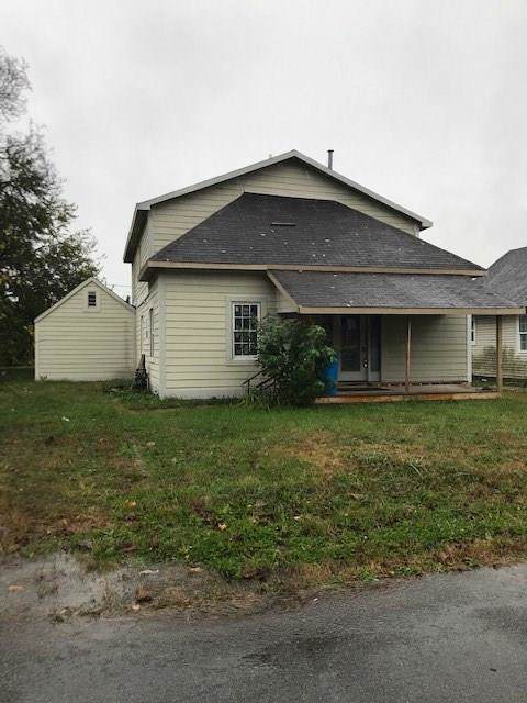 2218 Franklin Street, Anderson, IN 46016 (MLS #21683665) :: The Indy Property Source